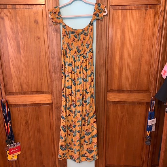 Forever 21 Dresses & Skirts - FOREVER 21 Off the Shoulder Yellow Maxi Dress S